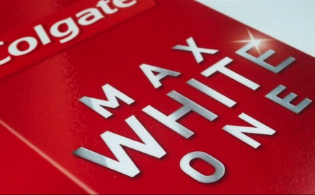 Colgate - Colgate: Revealing the new packaging Max White One